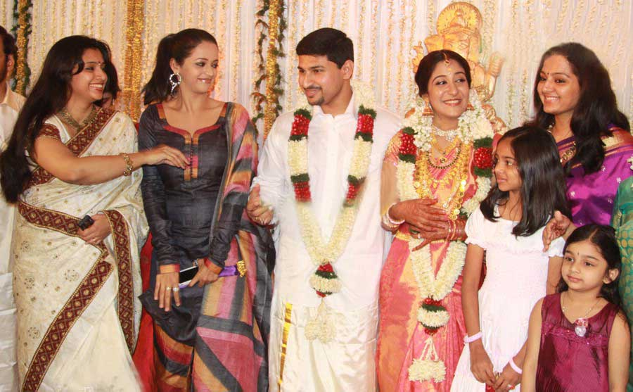 Swetha Mohan Wedding Reception Photos Complete Celebrities
