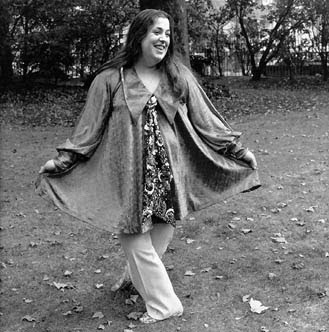 Mama Cass Elliott, Mama Cass Death, Mamas and the Papas, Monday Monday