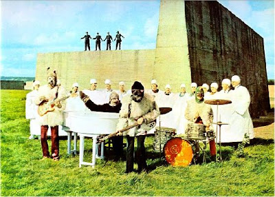 Beatles, John Lennon, Paul McCartney, George Harrison, Ringo Starr, Beatles History, Psychedelic Art, Beatles Photos, Beatles 1967