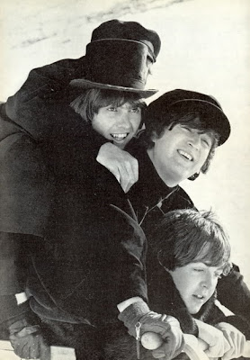 Beatles, Bealtes Snow, Beatles Sleding