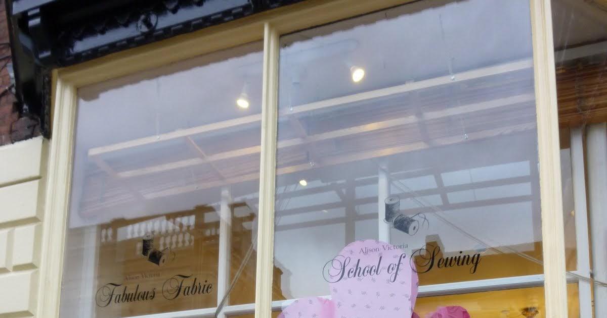 Sew janome beautiful valentine window display fabulous for Ashby windows
