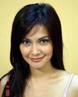 Tari on Dan Seksi Buat Wanita Muda  Foto Presenter Hot Indonesia Cut Tari