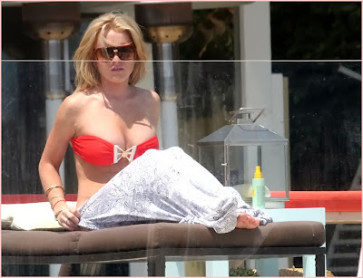Lindsay Lohan In red bikini doing  a few fans a favor