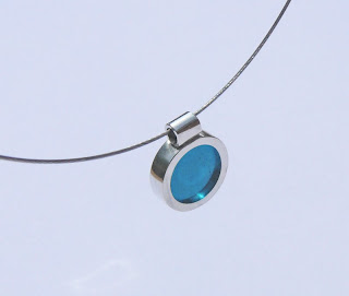 Resin window spot pendant: turquoise
