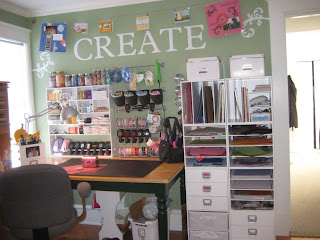 Craft Ideasbudget on Has Tons Of Shelves And Lots Of Great Storage And Organization Ideas