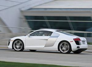 2008 Audi R8 side