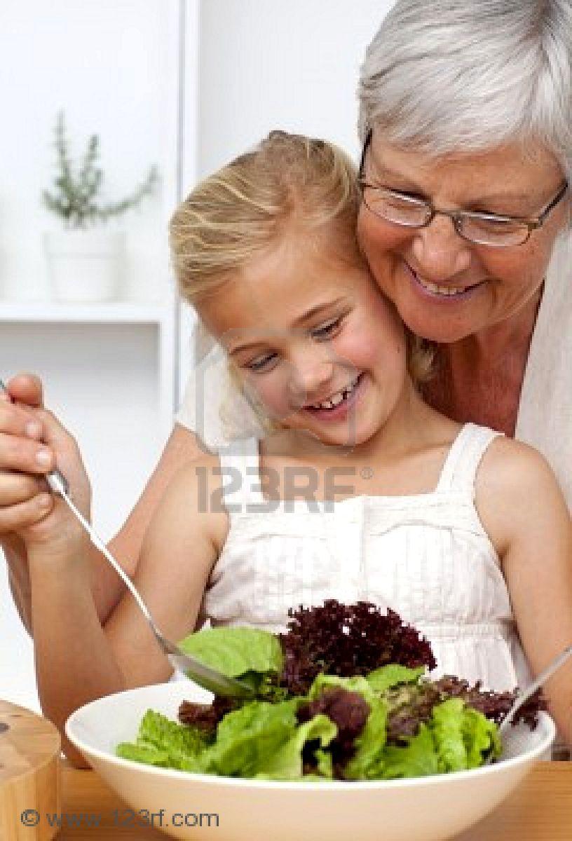Una mujer de 72 años y su nieto de 26, enamorados y a