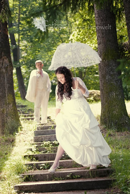 pruutpaar trepil