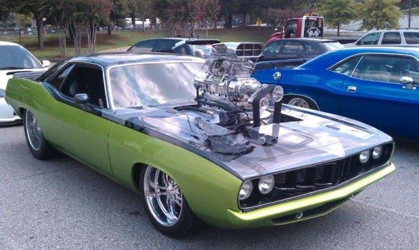 http://1.bp.blogspot.com/_Sah87Hs0SAI/TH2-9Z5044I/AAAAAAAAAFQ/ur08x5-DHW0/s1600/Fast+Five+Cars+%2810%29.jpg