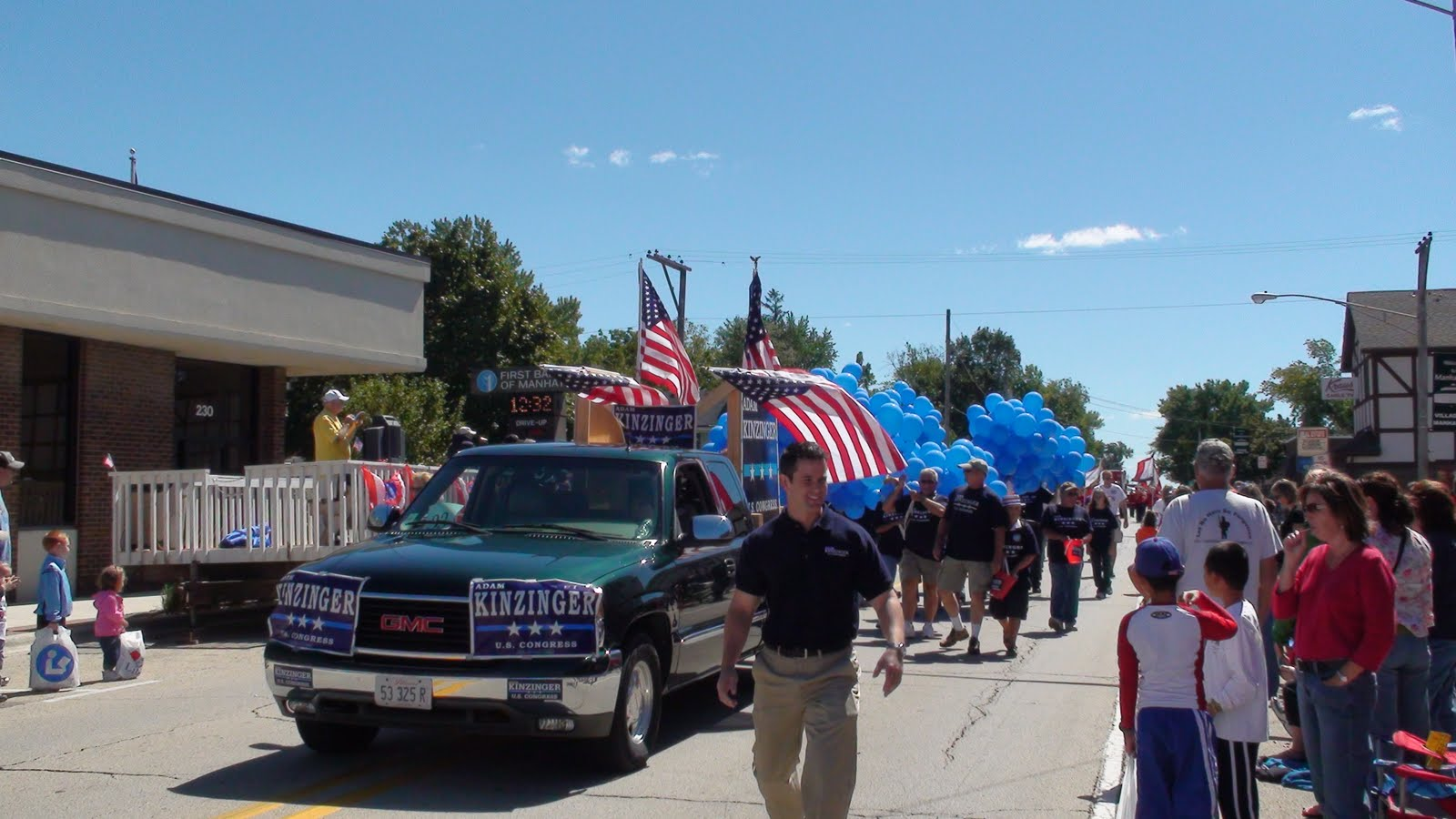 Illinois will county manhattan - Adam Kinzinger Republican Candidate For The 11th Congressional District At The Manhattan Illinois Fun Days Parade