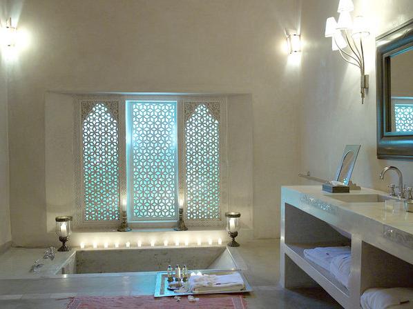 My morocco part 1 ksar char bagh marrakech - Moroccan bathroom ...