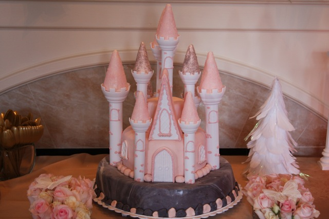 harry potter castle cake. The pink castle. This cake