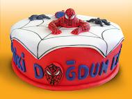 Örümcek Adam Pastası