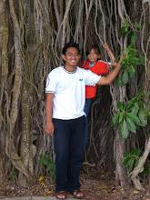Explore Hutan