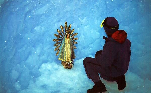 SOLO LOS LUCHADORES SOLITARIOS- LOS PIONEROS SABEN A QUIEN ENCOMENDARSE EN LA TAREA DIARIA