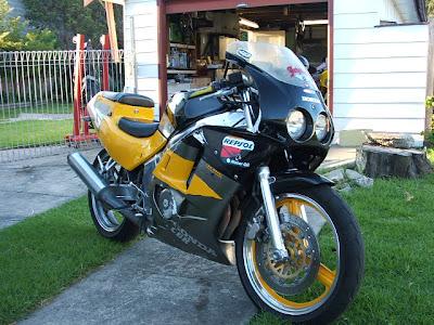 Honda CBR 250R