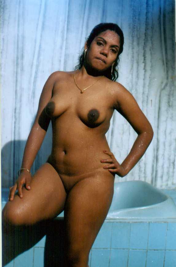W w w mallu aunty boobs nude