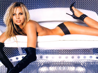 Free unwatermarked wallpapers of Brooke Burns at Fullwalls.blogspot.com
