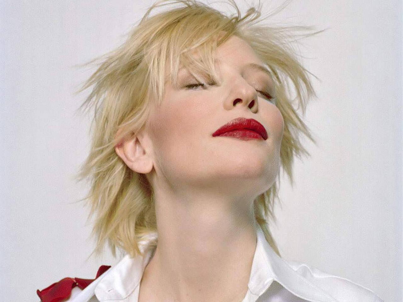 http://1.bp.blogspot.com/_Si7zjQmZnm4/SpC0EV45WDI/AAAAAAAAEs8/ZolIZjvSwVk/s1600/Fullwalls.blogspot.com_Cate_Blanchett%2822%29.jpg