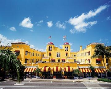 Colony Hotel Palm Beach Cabaret