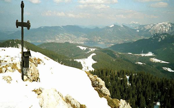 1 Fockenstein Gipfelblick zum Tegernsee, hinten Wendelstein