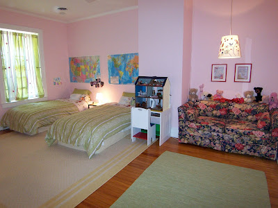 girls' pink and green bedroom