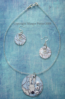 Reindeer Collaged Necklace Set