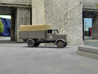 "Pegasus 1-72 scale ""German"" Truck"