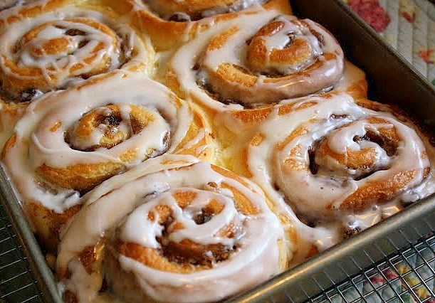 ... Sweets & Baking Journal: Simply Sensational Cinnamon Rolls