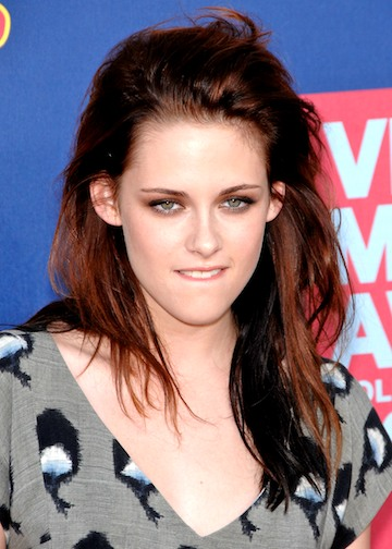 kristen stewart hair. kristen stewart new hair color