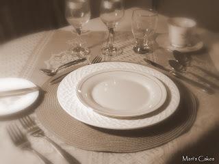 C mo arreglar la mesa para una ocasi n especial mari 39 s cakes for Como se pone la mesa