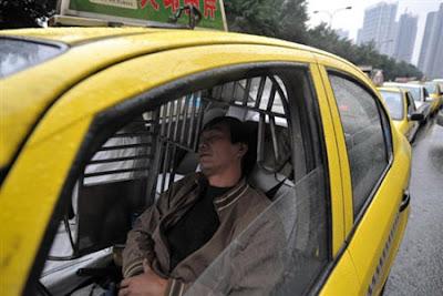 Antrean terpanjang di dunia hanya ada di China