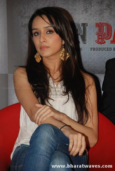 Shakti Kapoor Hot Daughter Shraddha Kapoor Latest Pictures Wallpapers