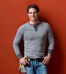 Scott McGillivray Shirtless http://traynes.com/nyc/hgtv-income-property-host-scott-mcgillivray-shirtless