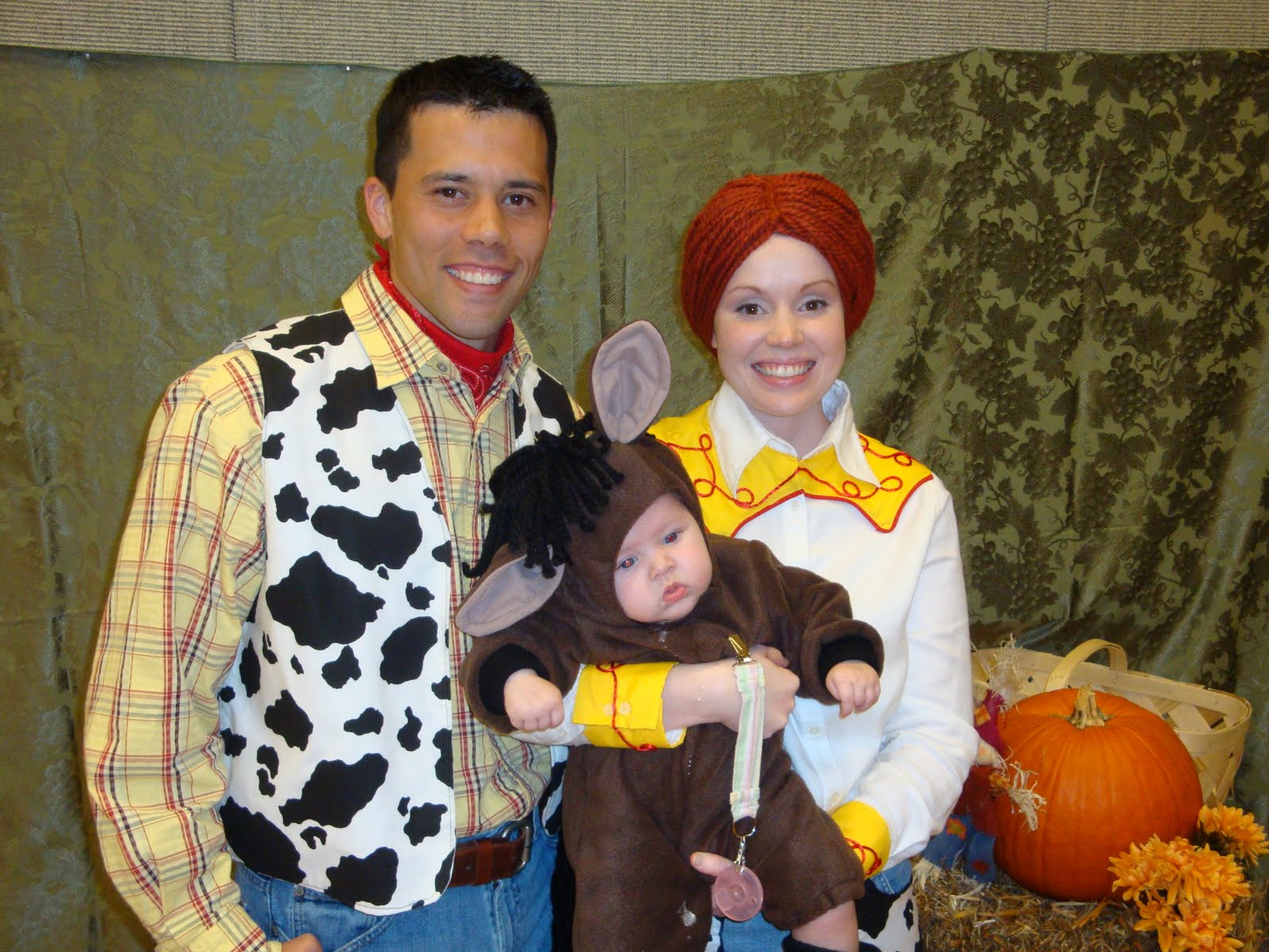 Jessie and Woody Costumes Homemade http://matthewandmarilyn.blogspot.com/