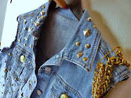 STUDDED JEAN JACKET STUDS AND CHAIN