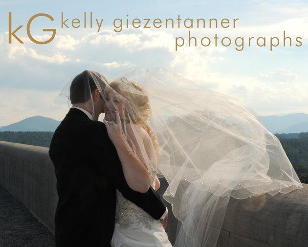 Kelly Giezentanner photographs