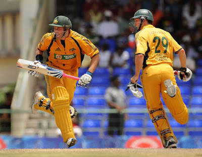 Michael Hussey and David Hussey during a match
