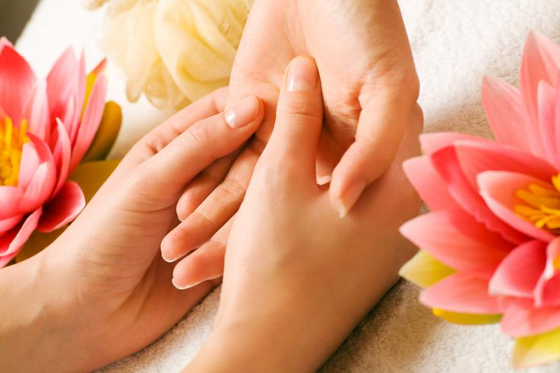 Hand massage remedy cramps faster hand massage remedy for 33 fingers salon