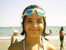 Paulita en la playa...