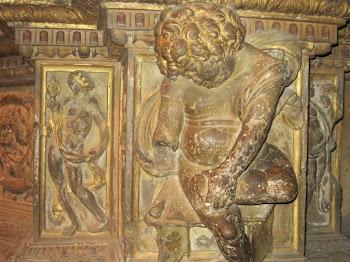 Angel espinario (Catedral de León)