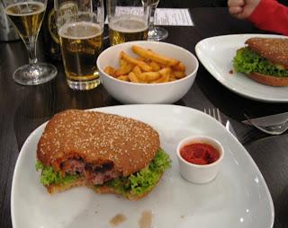 Vienna: die Burgermeister Restaurant