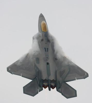 F22 Oshkosh2 Pesawat Tempur Tercanggih Di Dunia