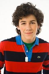 Nick >_>