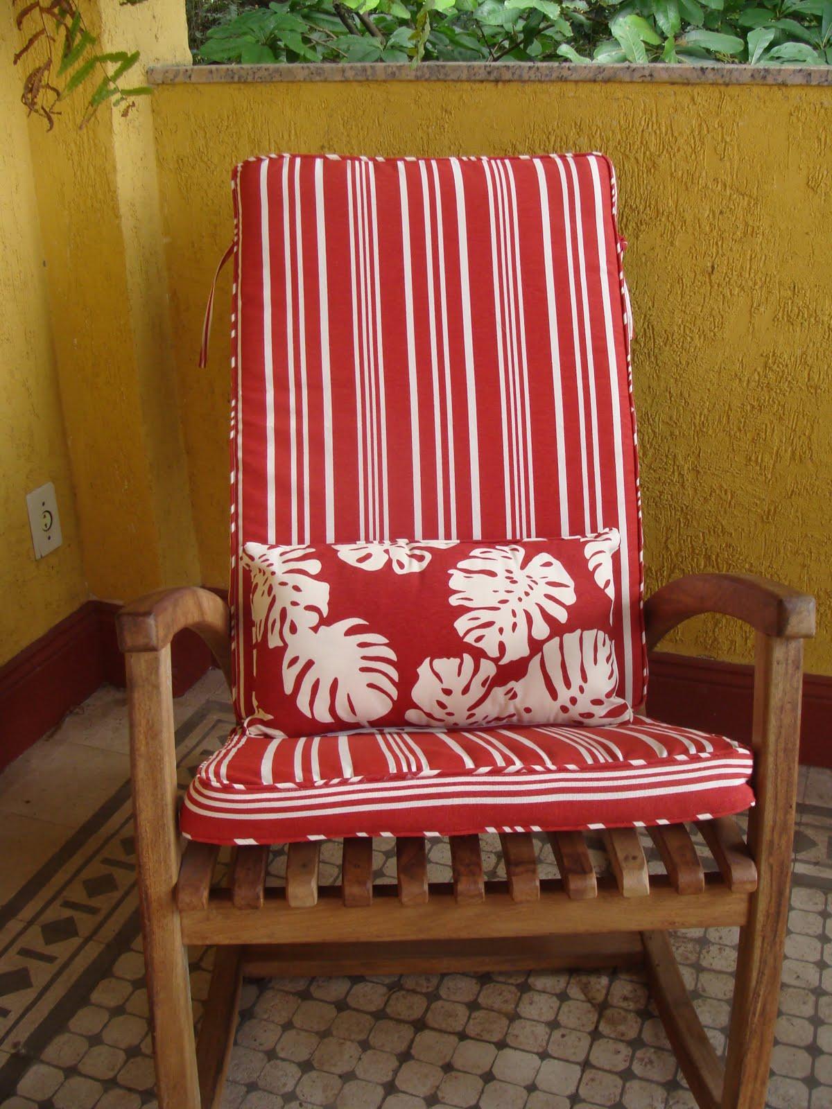 Bena: almofada de cadeira de balanço  #9F2C2C 1200x1600