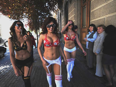 Beldades da Copa! Modelos+chilenas1