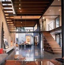 Sudut Rumah dengan ornamen wallpaper