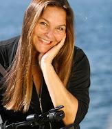 PAULA SALDANHA A REPORTER