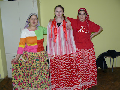 Romani Gypsy Clothing