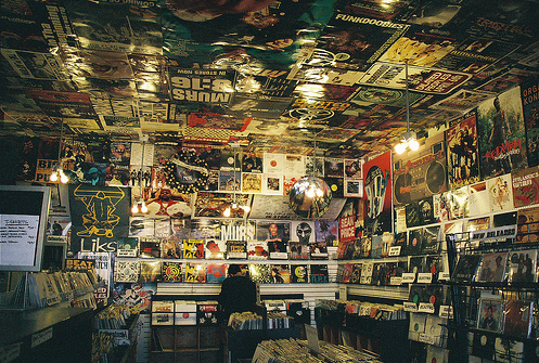 [record+store]